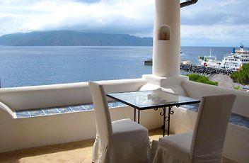 hellenia yachting giardini naxos sizilien